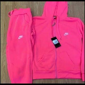 Nike sweatsuits